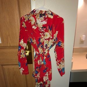 This is a floral set. Top and bottoms.